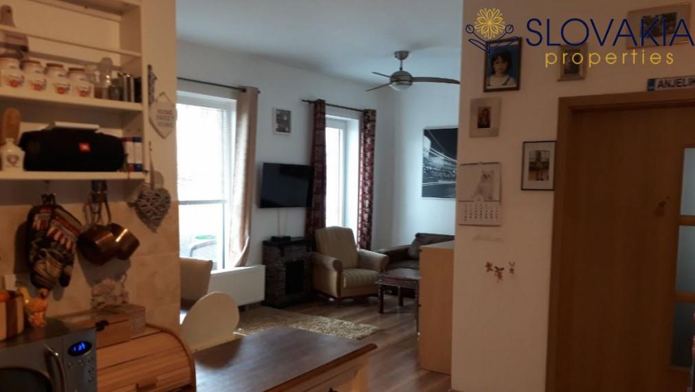 Krásny 3 izbový byt v novostavbe s balkónom